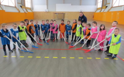 Initiation au Unihockey