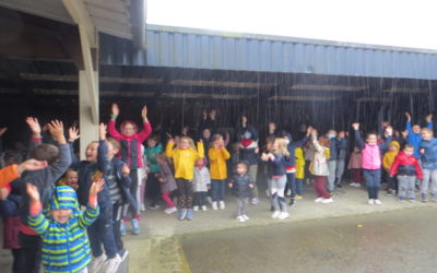 Les élèves de l'école fêtent la rentrée sportive